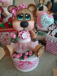 Foam Crafts, Diy And Crafts, Biscuit, Bugs Bunny, 3 D, Mason Jars, Projects To Try, Felt, Clay