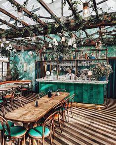 Sunday restaurant style at Pink Mamma (Desire To Inspire) Ambiance Restaurant, Sunday Restaurant, Deco Restaurant, Modern Restaurant, Car Interior Sketch, Nordic Interior, Restaurant Interior Design, Restaurants Gastronomiques, Paris Cafe