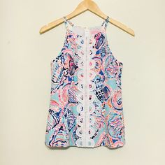 Lilly Pulitzer Shell Me About It halter tank! Worn only once! This cute fitted tank is perfect for any occasion!  Lilly Pulitzer Tops Tank Tops