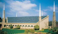 Angel Moroni Statue Graces the Johannesburg South Africa Temple of the LDS Church which was dedicated in August Mormon Temples, Lds Temples, Mormon Beliefs, Lds Temple Pictures, Lds Pictures, Angel Moroni, Lds Mormon, Mormon Quotes, Lds Church