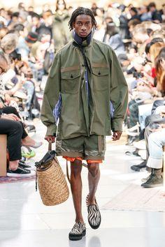 Sacai Spring 2020 Menswear Fashion Show - Vogue Fashion Show Collection, Men's Collection, Vogue Paris, Street Outfit, Street Wear, Military Fashion, Mens Fashion, Young T, Inspiration Mode