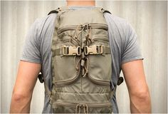 FirstSpear is a brand created by former U.S. servicemen, they develop enhanced light-weight load carriage solutions for the US Special Forces. Their Multi-Purpose Pack is the perfect 1 day pack, it features an hydration compartment, padded shoulder s