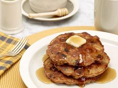 Get Rachael Ray's Oatmeal Cookie Pancakes Recipe from Food Network
