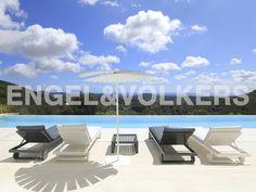 NEUE IMMOBILIE DER WOCHE: Moderne Villa in einzigartiger Lage #Ibiza