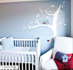 cute wall idea for baby nursery