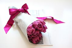 Tulips tulppaanit lilac flowers bpuguet kukkakimppu