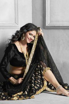 Beautiful Women Over 40, Beautiful Girl Indian, Most Beautiful Indian Actress, Beautiful Saree, Beautiful Models, Beautiful Actresses, Hot Actresses, Bhojpuri Actress, Actress Photos