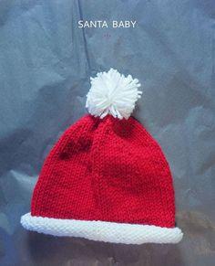 Knit this baby Santa hat! (Free pattern)
