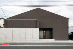 dzn_Gable-House-by-FORM-Kouichi-Kimura-Architects-2
