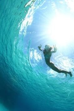peace out - I want to do this! My fav, the water.... :)