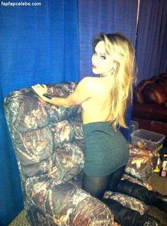 Becca Tobin Leaked Nude Photos 35