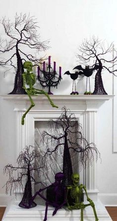 Cool Fireplace Halloween Decorations Ideas
