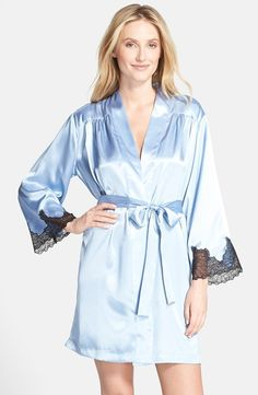 OSCAR DE LA RENTA A Hint Of Romance Wrap Something Blue $65 IN STORE OR FREE SHIPPING (Compare other stores at $75.00)