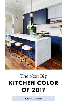 Kitchen Design Ideas - Deep Blue Kitchens // The elements of dark blue are brightened up with the light marble island and backsplash in this modern kitchen. Kitchen Remodel, Modern Kitchen, New Kitchen, House Interior, Kitchen Dining Room, Kitchen Dining, Home Kitchens, Kitchen Renovation, Kitchen Design