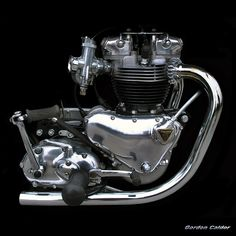 NO 48: CLASSIC TRIUMPH BONNEVILLE T120 - 650cc PRE UNIT MOTORCYCLE ENGINE by Gordon Calder