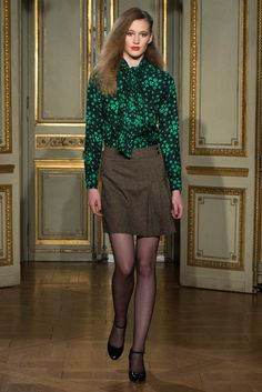 Vanessa Seward Fall 2015 Ready-to-Wear - Collection - Gallery - Style.com http://www.style.com/slideshows/fashion-shows/fall-2015-ready-to-wear/vanessa-seward/collection/12