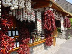 The red paprika , Hungary Worlds Hottest Chilli, Hungary Food, Little Paris, Hungarian Embroidery, Heart Of Europe, Hungarian Recipes, Budapest Hungary, Family Traditions, Dream Vacations