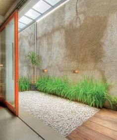 interior pequeño Small Backyard Design Idea To Beautify Your Environment 20 Large Backyard Landscaping, Small Backyard Design, Home Room Design, Home Interior Design, House Design, Design Design, Indoor Garden, Home And Garden, Little Gardens