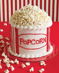 Popcorn cake. Maybe for a movie party?