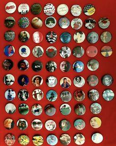 Cuvée estivale #badgesmaison #alancienne #badge #badges #pins #diy #buttonpin #buttonpins #homebuttonpins #madefrommagazines #recycling ©defawa