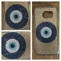 Linda Case Customizada para Celular feita com todo carinho para você. <br>Pode ser feita para vários aparelhos, verifique disponibilidade. <br>Peça Logo a sua!! <br>Um Luxo!!