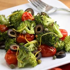 Easy, delicious and healthy Mediterranean Roasted Broccoli & Tomatoes recipe from SparkRecipes. See our top-rated recipes for Mediterranean Roasted Broccoli & Tomatoes. Healthy Vegetable Recipes, Healthy Vegetables, Protein Recipes, Veggies, High Fiber Vegetables, Yummy Veggie, Roasted Vegetables, Yummy Food, Vegetarian Meals