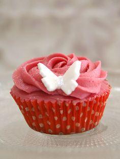 Objetivo: Cupcake Perfecto.:  Cupcake de rosas.  Recipe.  Sitio en español de recetas de cupcakes.