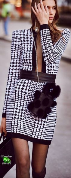 Fashion Gone Rogue focuses on the visual side of fashion with fashion editorials, celebrity style and model features. Houndstooth, Capsule Wardrobe, Balmain, Editorial Fashion, Celebrity Style, Tartan, Plaid, Office Chic, Street Style