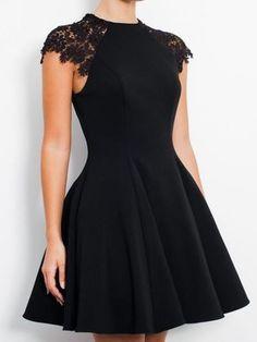 Schwarz A-Linie/Princess-Linie Ärmellos U-Ausschnitt Spitze Jersey Kurz/Mini Kleider für 325,89 €