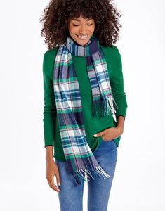 Banish the breeze with a beautiful ladies' scarf from Joules. Available in lightweight silk or warming wool, discover our full collection. Joules Usa, Autumn Outfits, Winter Accessories, Silk Scarves, Womens Scarves, Style Me, Handle, Wool, Clothes For Women