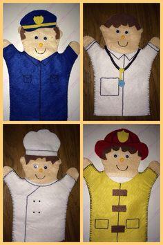 Usé estos títeres (puppets) para una clase con mis niños de preescolar y les encantaron. Son muy sencillos y la base es la misma, sólo hay que cambiar los accesorios y los colores de fieltro para hacer los trajes