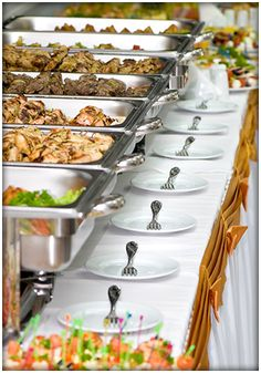 Best Ideas Wedding Food On A Budget Buffet Catering Wedding Buffet Food, Diy Wedding Food, Food Buffet, Food Tables, Buffet Style Wedding, Wedding Buffets, Wedding Foods, Buffet Set, Buffet Tables