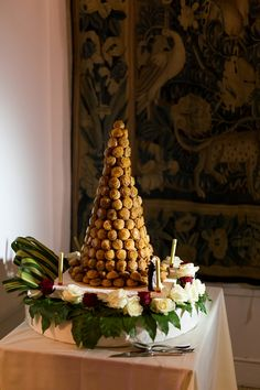 French Riviera Villa Ephrussi de Rothschild Wedding, with flowers by talented Wayne Riley Flowers. Captured by Les Studios Love Story French Wedding Cakes, Wedding Cake Images, French Wedding Style, Croquembouche, Great Desserts, French Riviera, Bride Groom, Wedding Styles, Buffet