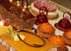 Congratulations to all of the 2012 Top Ten Pastry Chefs!_    Desserts from Norman Love Confections