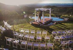 Kuzuko Lodge wedding venue - the place of glory! Lodge Wedding, Wedding Venues, National Parks, Places, Wedding Reception Venues, Wedding Places, Wedding Locations, Lugares