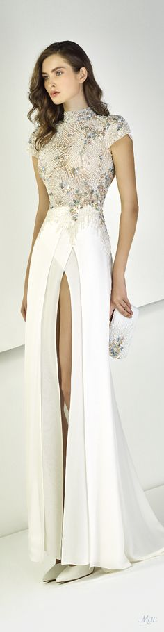 Spring 2018 RTW Tony Ward – Expolore the best and the special ideas about Tony ward Elegant Dresses, Pretty Dresses, Formal Dresses, Gowns Of Elegance, Classy Dress, Classy Gowns, Moda Fashion, Beautiful Gowns, Dream Dress