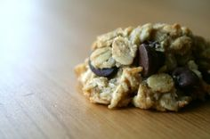 healthy cookie-sweetened only with bananas.