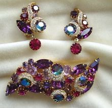 Sparkling Kramer purple and pink rhinestone brooch and earrings