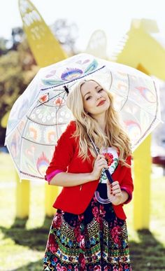 Dove Cameron // old photoshoot update ♡