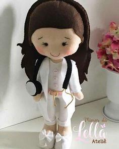 Error - Her Crochet Handmade Felt, Felt Diy, Felt Crafts, Child Doll, Boy Doll, Girl Dolls, Moldes Para Baby Shower, Sewing Toys, Felt Fabric