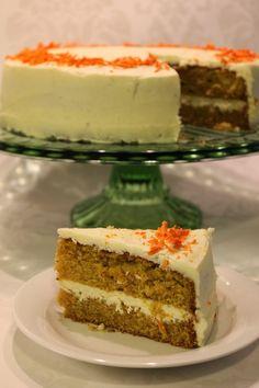 Tarun Taikakakut: Mehevä porkkanakakku (26cm) Baking Recipes, Cake Recipes, Dessert Recipes, Finnish Recipes, Bakewell Tart, Just Eat It, Vegan Desserts, No Bake Cake, Amazing Cakes