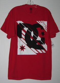 36f50a1431eeb8 DC Shoes Men Short Sleeve Red Massive Logo Graphic Tee Size L  DCShoesCo   GraphicTee
