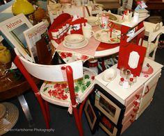 Design si accesorii amenajare bucatarii rosii clasic si vintage Interior, Photography, Vintage, Design, Home Decor, Photograph, Decoration Home, Indoor, Room Decor