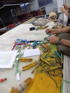 Tapestry making on Basse-Lisse