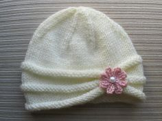 FREE Knitting Pattern Baby Hat with Cable Edge and Pearls from Elaine Roebuck