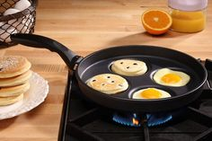 Multi-area Skillet for Eggs & Meats