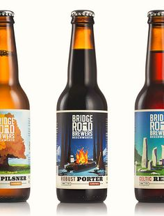 Illustrator Glenn Thomas recently took his talented hand to the Bridge Road Brewers core range. Beer Label Design, Beer Logo Design, Artisan Beer, Craft Beer Labels, Bottle Packaging, Beverage Packaging, Beer Brands, Wine And Beer, Bottle Design