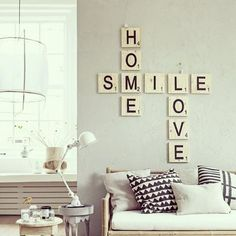 ¿jugamos al scrabble? Ideas para decorar - ¡¡Nuevo post en el blog!! link en nuestro perfil #scrabble #letrasmadera #woodletters #palabrasbonitas #home #smile #love #lovely #happy #hechoamano #handmade #fotopinterest