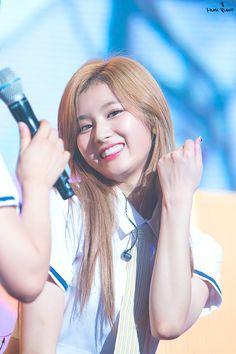 Sana-Twice 170708 KB Liiv&락스타콘서트 사나