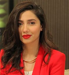 very prety mahira khan